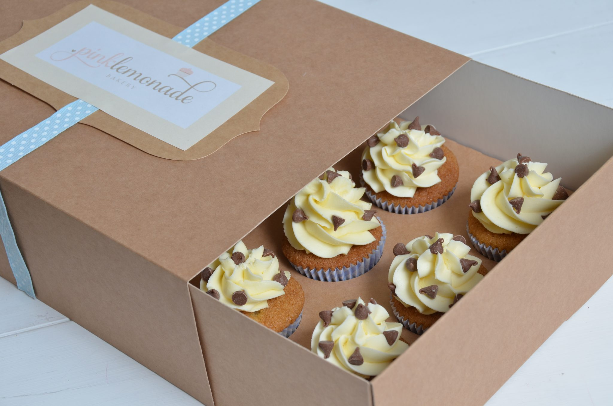 Kraft Sliding 12 Pack Cup Cake Box