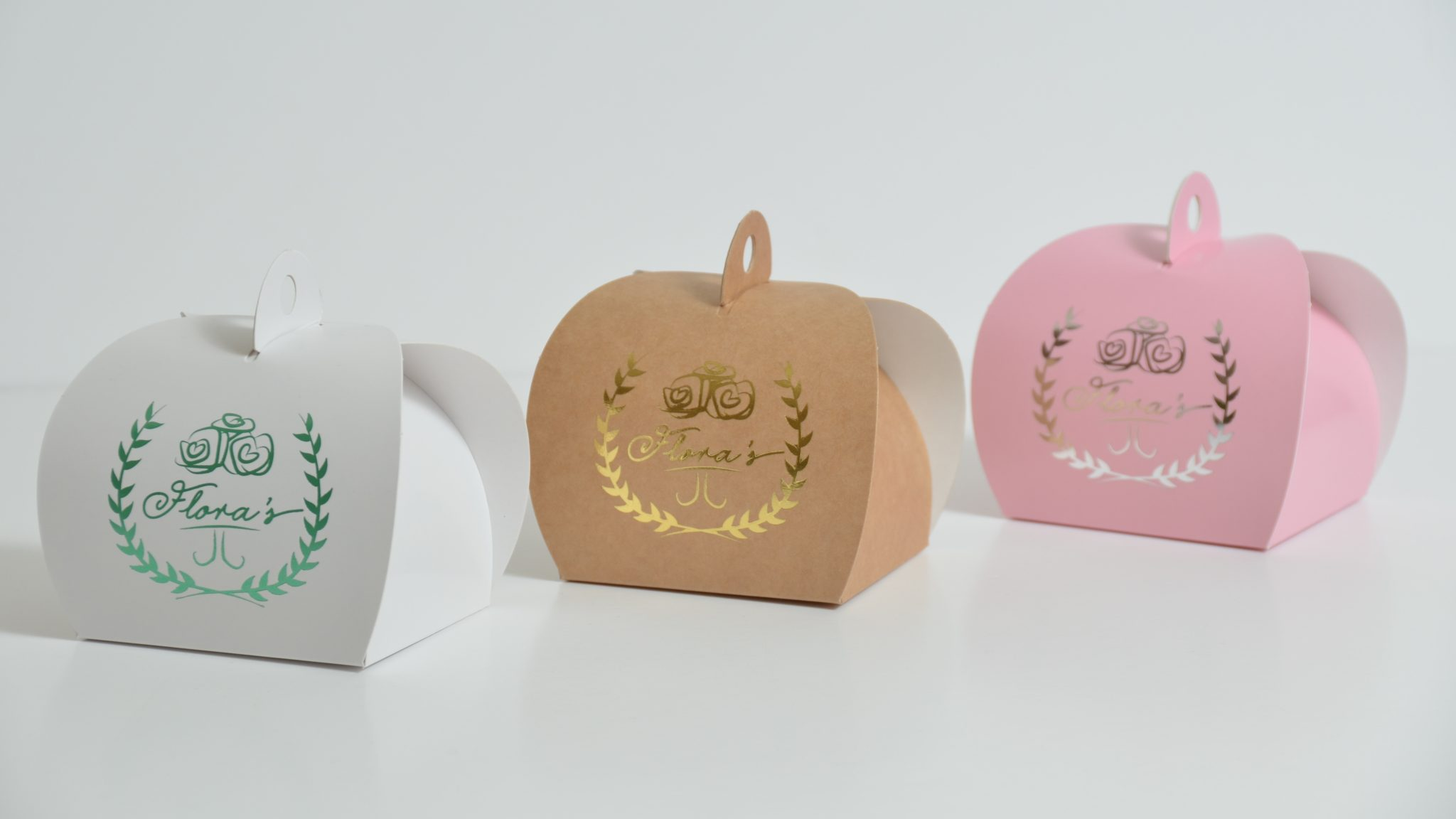 White/Kraft/Pink Bespoke Foiled Patisserie Box & Tag