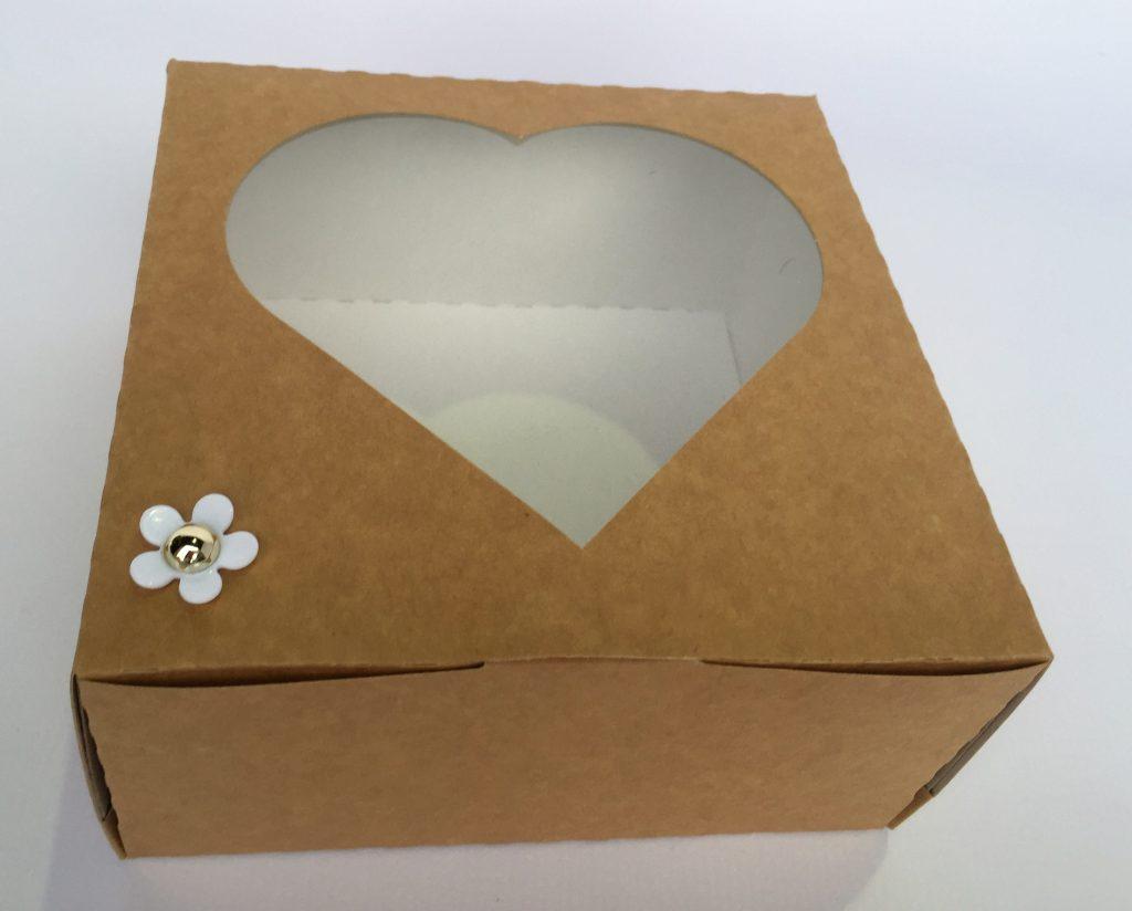 Heart Windowed Cake Box