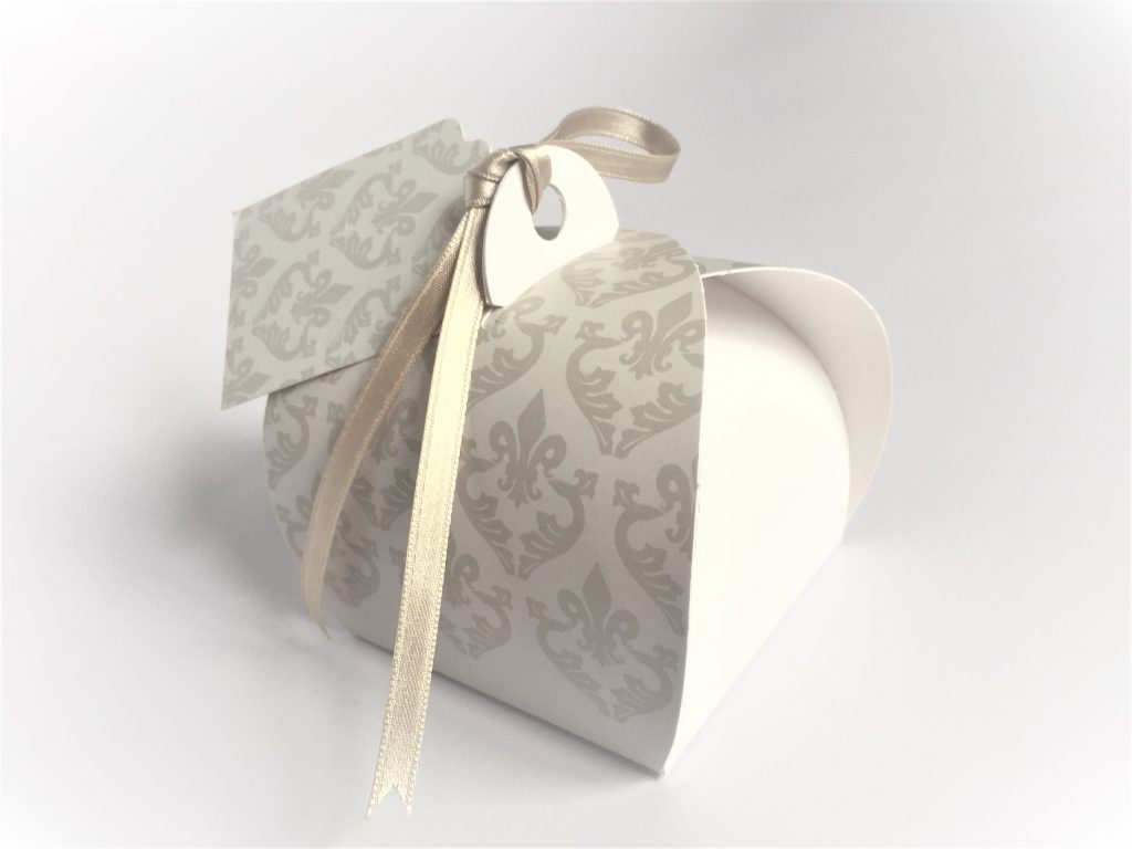 Generic Print Grey/White Damask Patisserie Box with Tag