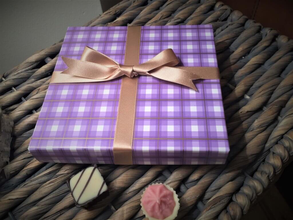 Bespoke Foiled Base & Lid Chocolate Box