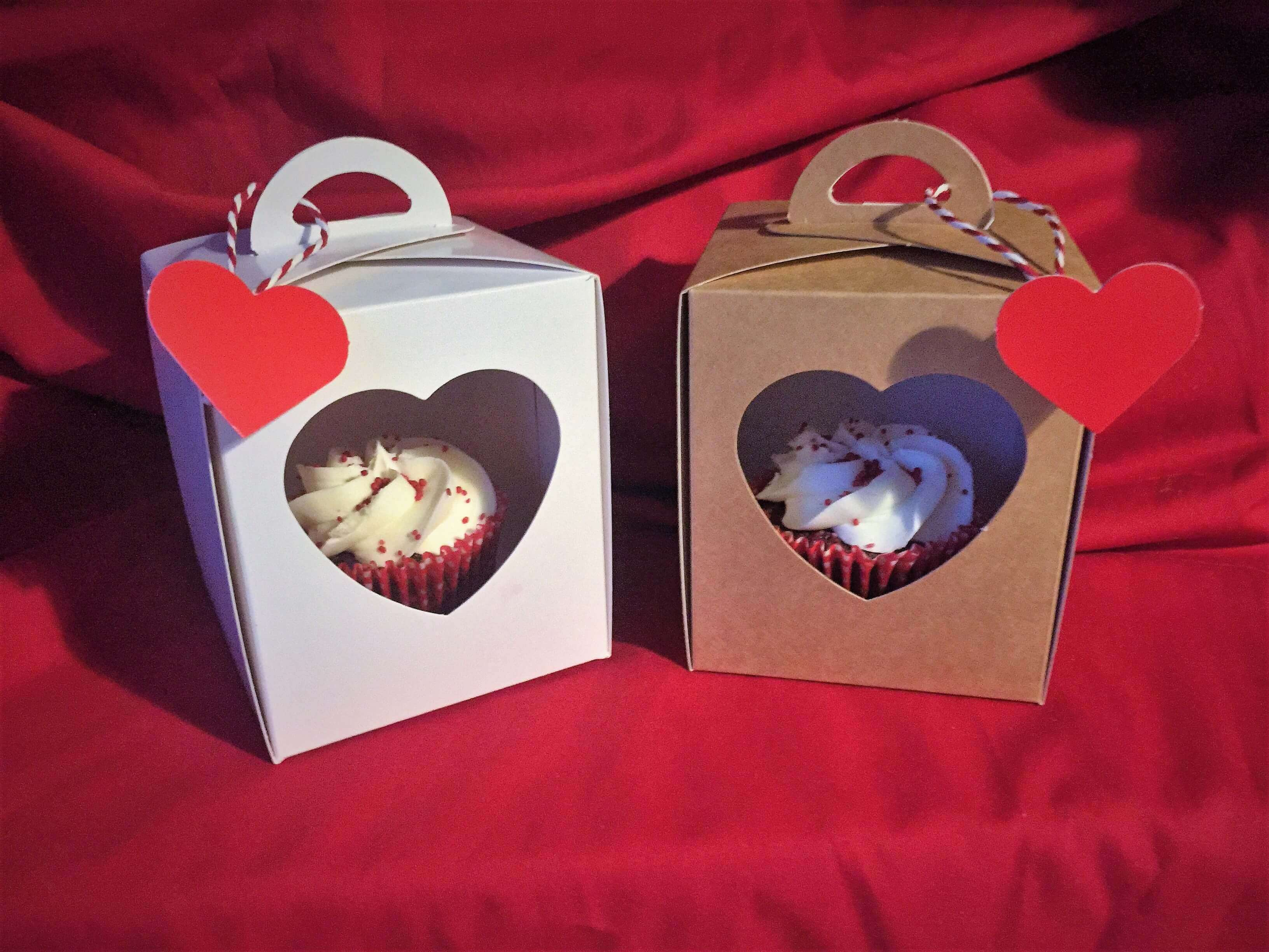 Single Cup Cake Boxes White & Kraft with Heart Window & insert