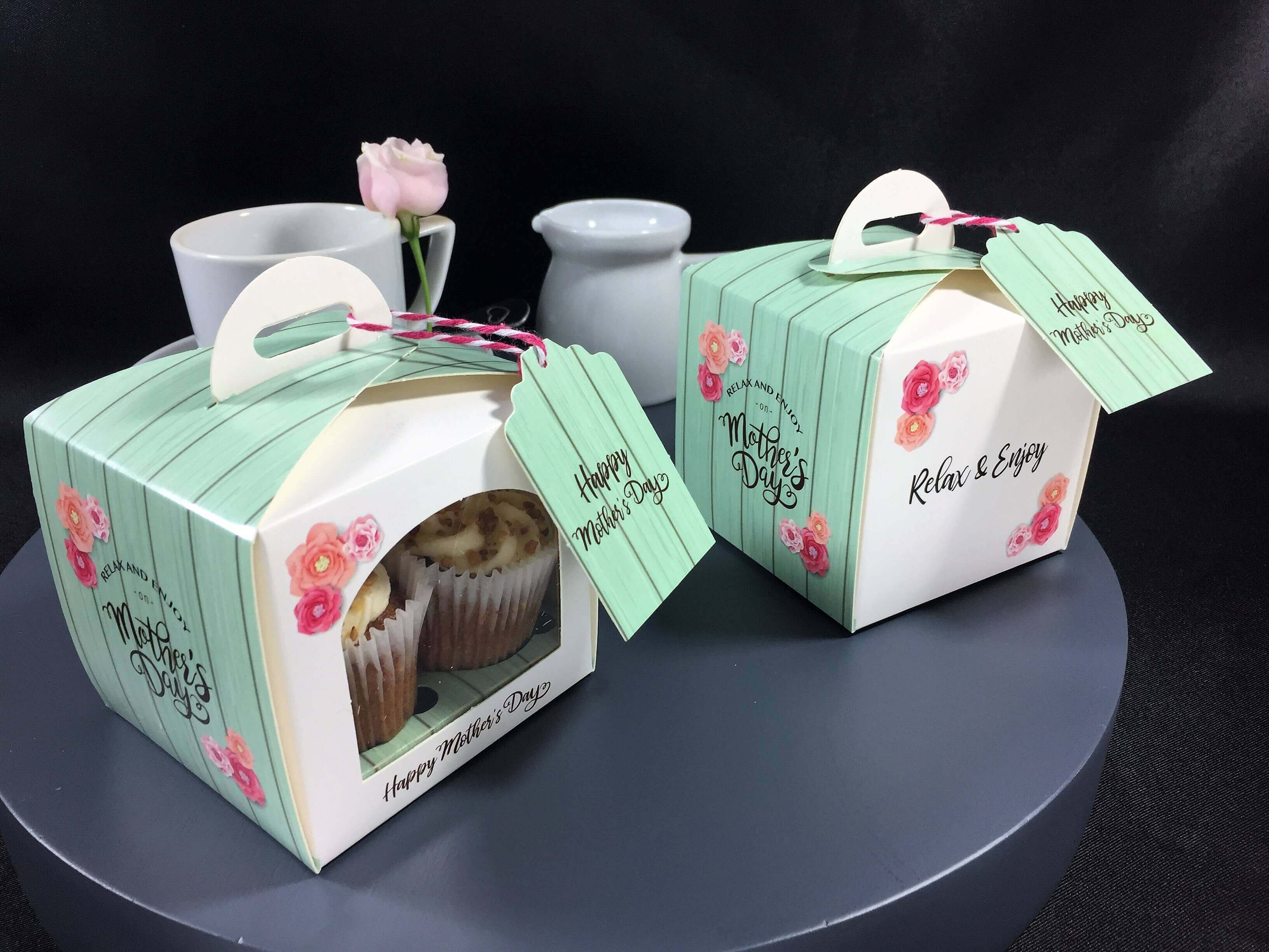 Printed Mother's Day Single Eco Dome with arch window, 4 mini cupcake cavity insert & gift tag
