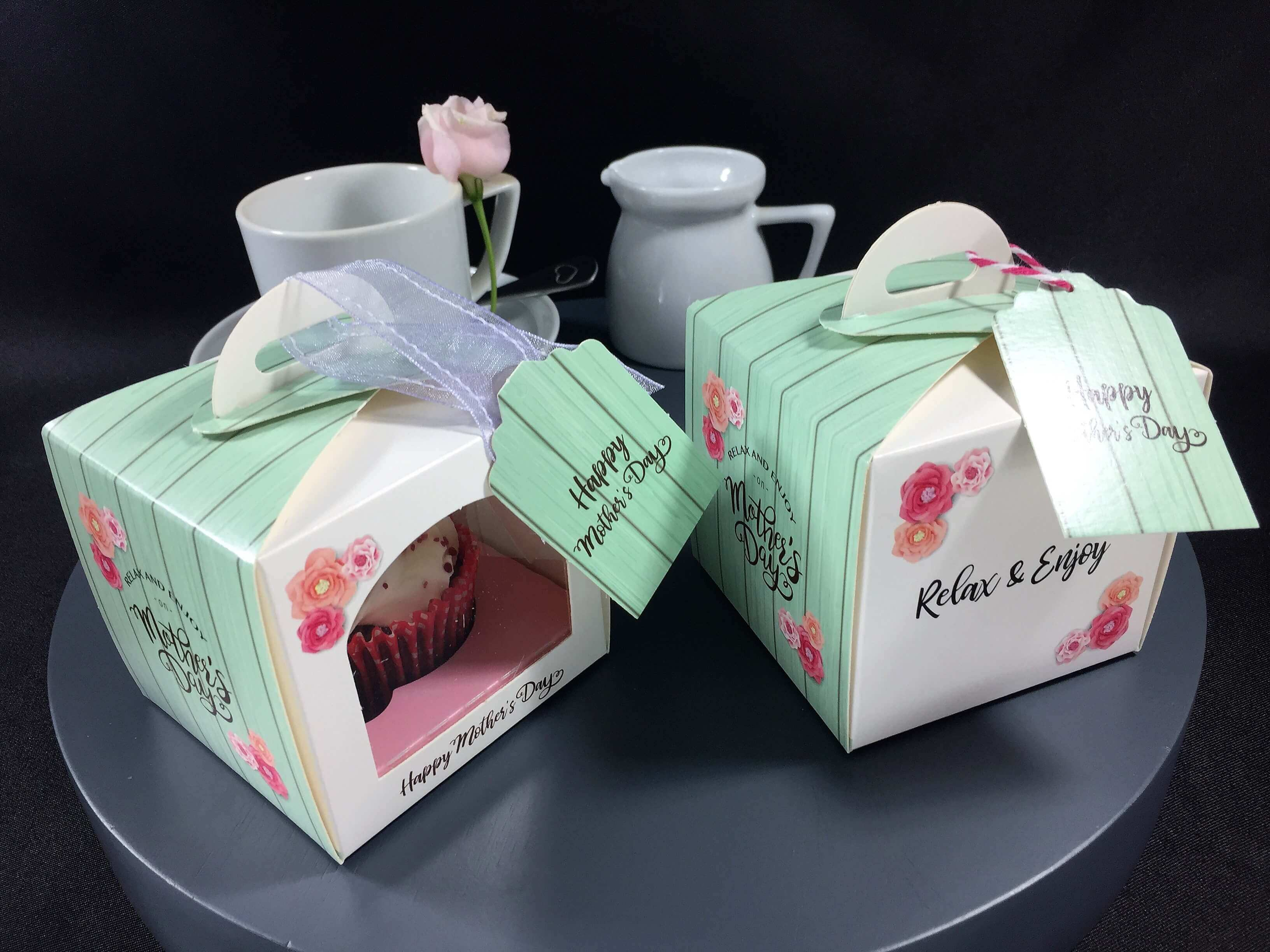 Printed Mother's Day Single Eco Dome with arch window, single cupcake cavity insert & gift tag