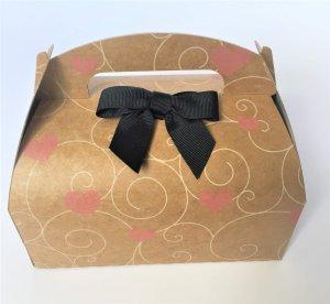 takeaway party box kraft printed swirl heart