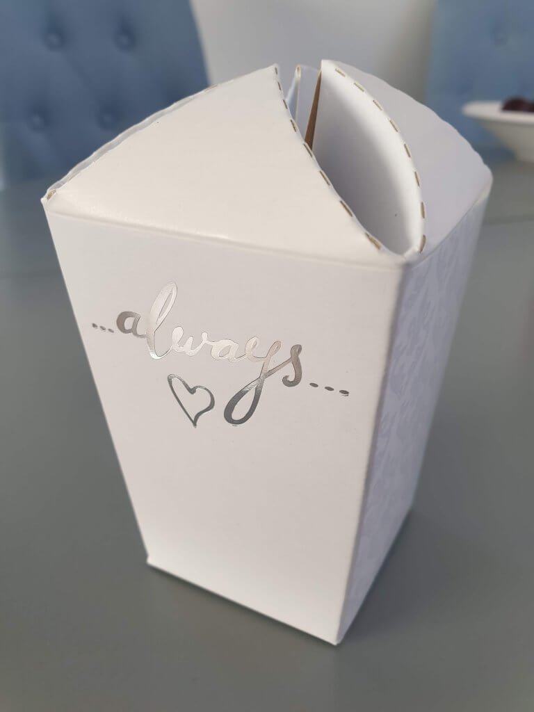 Popcorn / Gift Box with foiled sentiment