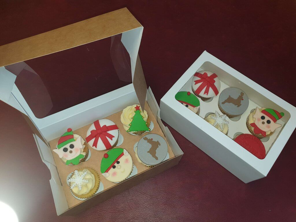 White & Kraft Windowed Hinged Lid 6 Pack Cup Cake Box