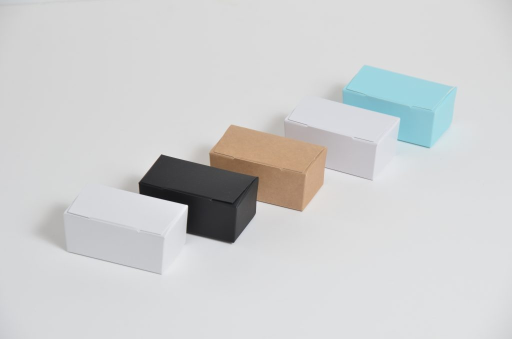 Truffle Boxes 2 Packs Various colours available