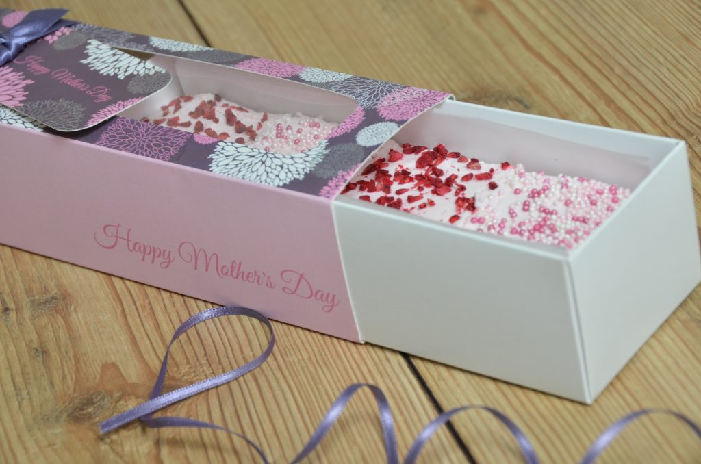 Mothers Day Windowed Pink 6 Pk Slider Macaron Box