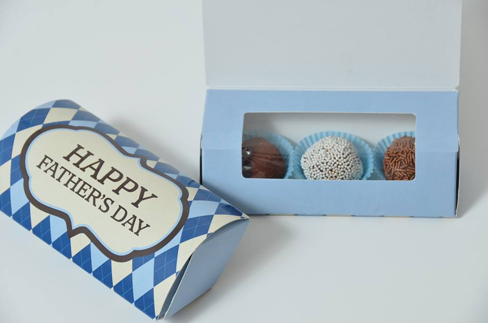 Blue Father's Day/Plain Windowed Truffle Box