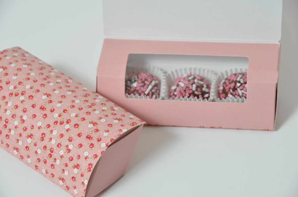 Pink Printed Wrap around Lid Pillow Box with concealed Window