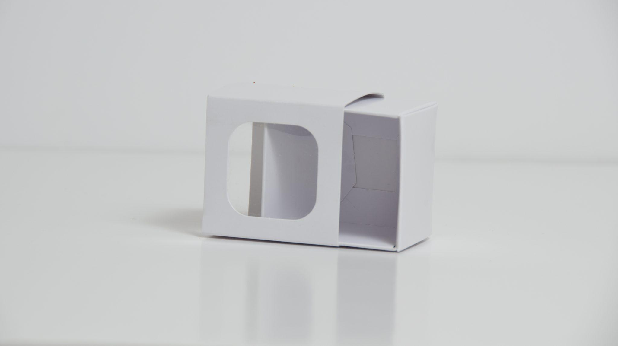 White 2 Pk Slider Macaron Box