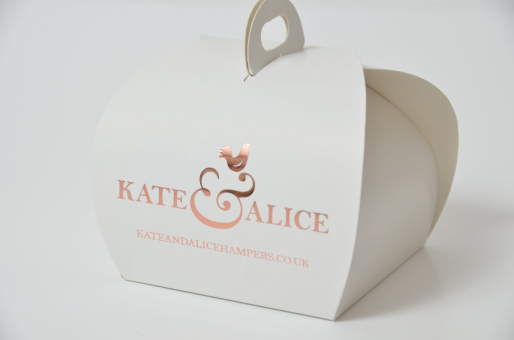White Bespoke Foiled 4 Pk Patisserie Box & Tag