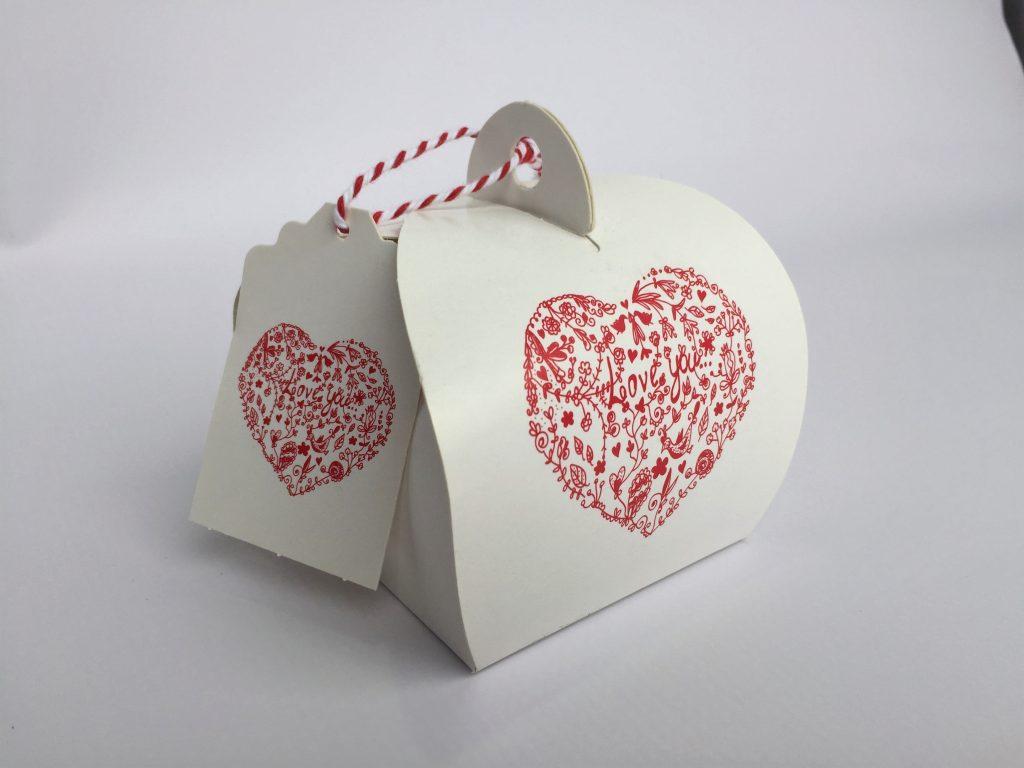 White Heart Print Patisserie Box