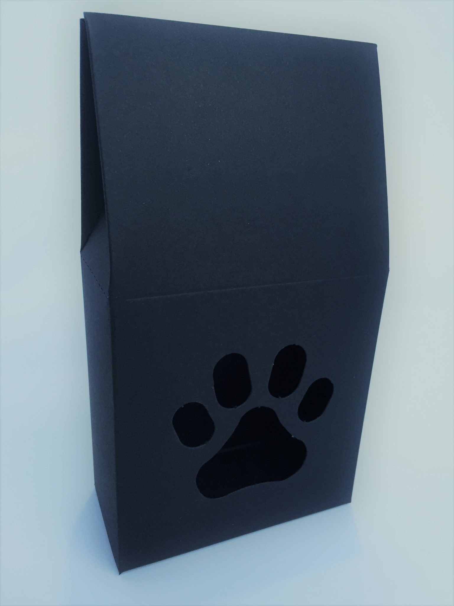 Black Taper Top Box with Themed Window