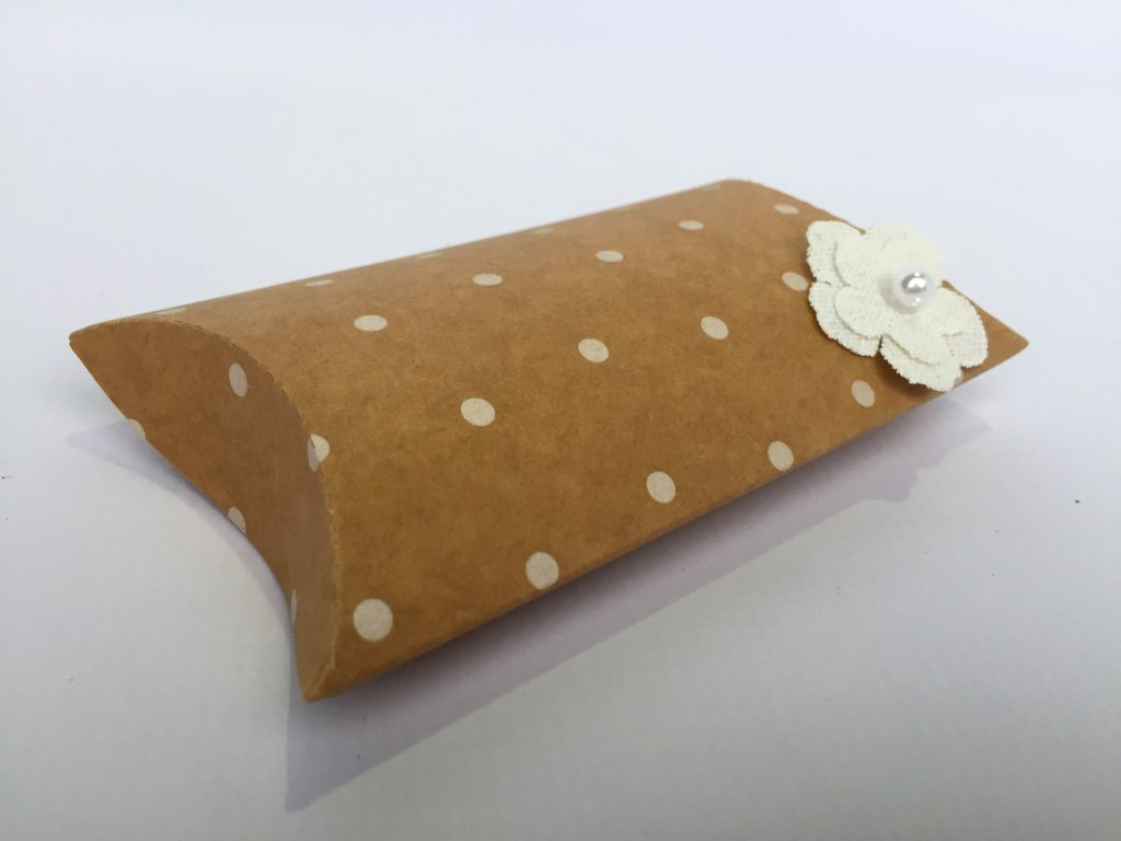 Kraft Spot Print Pillow Box