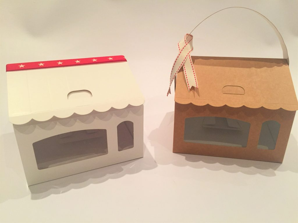 House Boxes in Kraft & White with 4 Cavity Insert