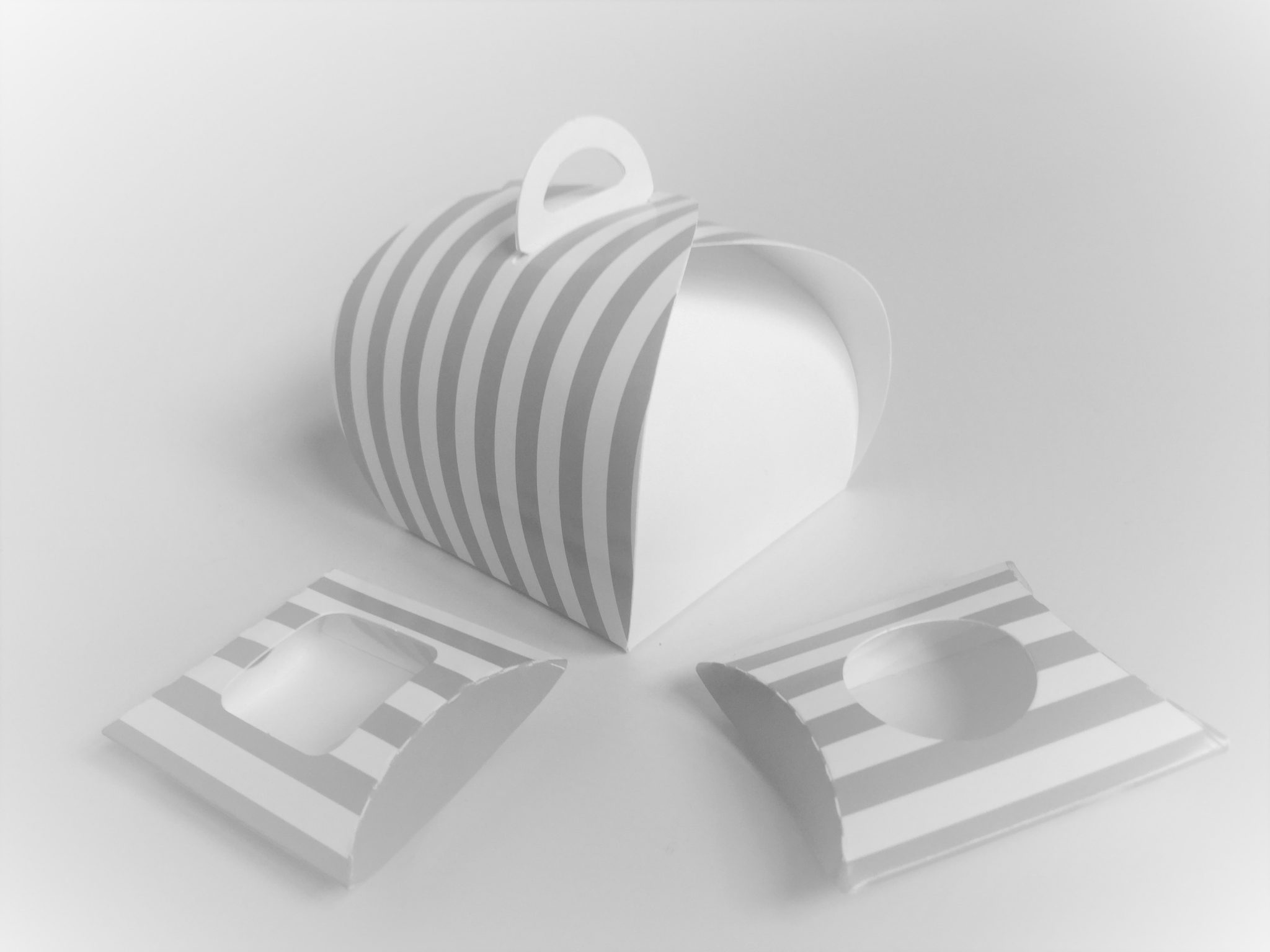 Generic Print Grey/White Stripe Patisserie Box