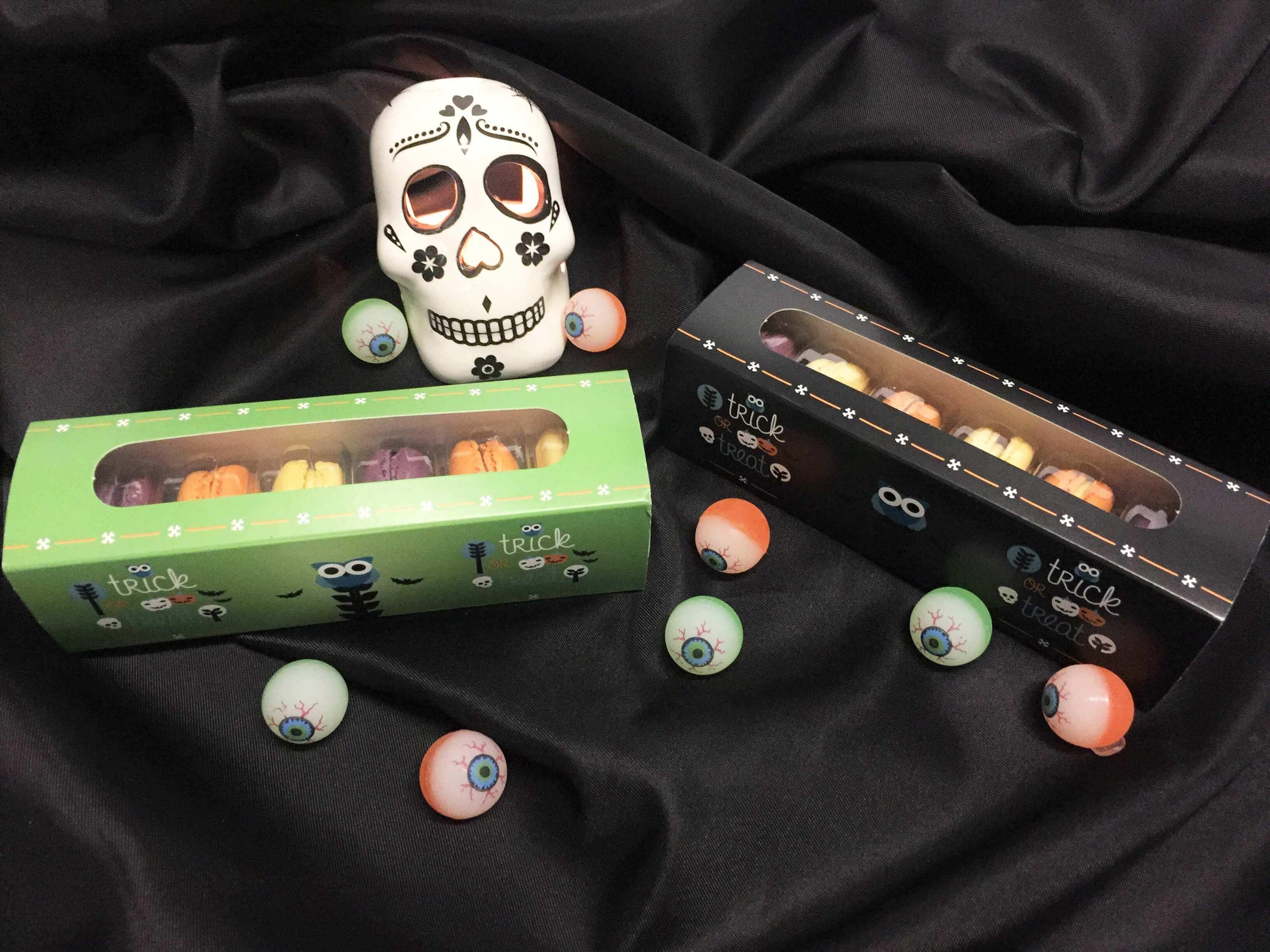 Halloween Print Windowed Macaron Box