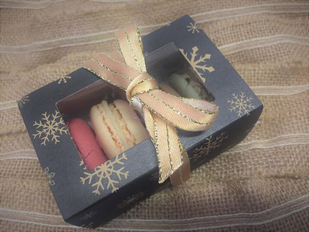 4 Pack Macaron Slider Box with Xmas Print. windwed