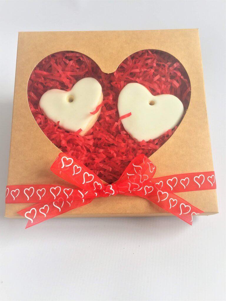 Heart Windowed Kraft tuck end box