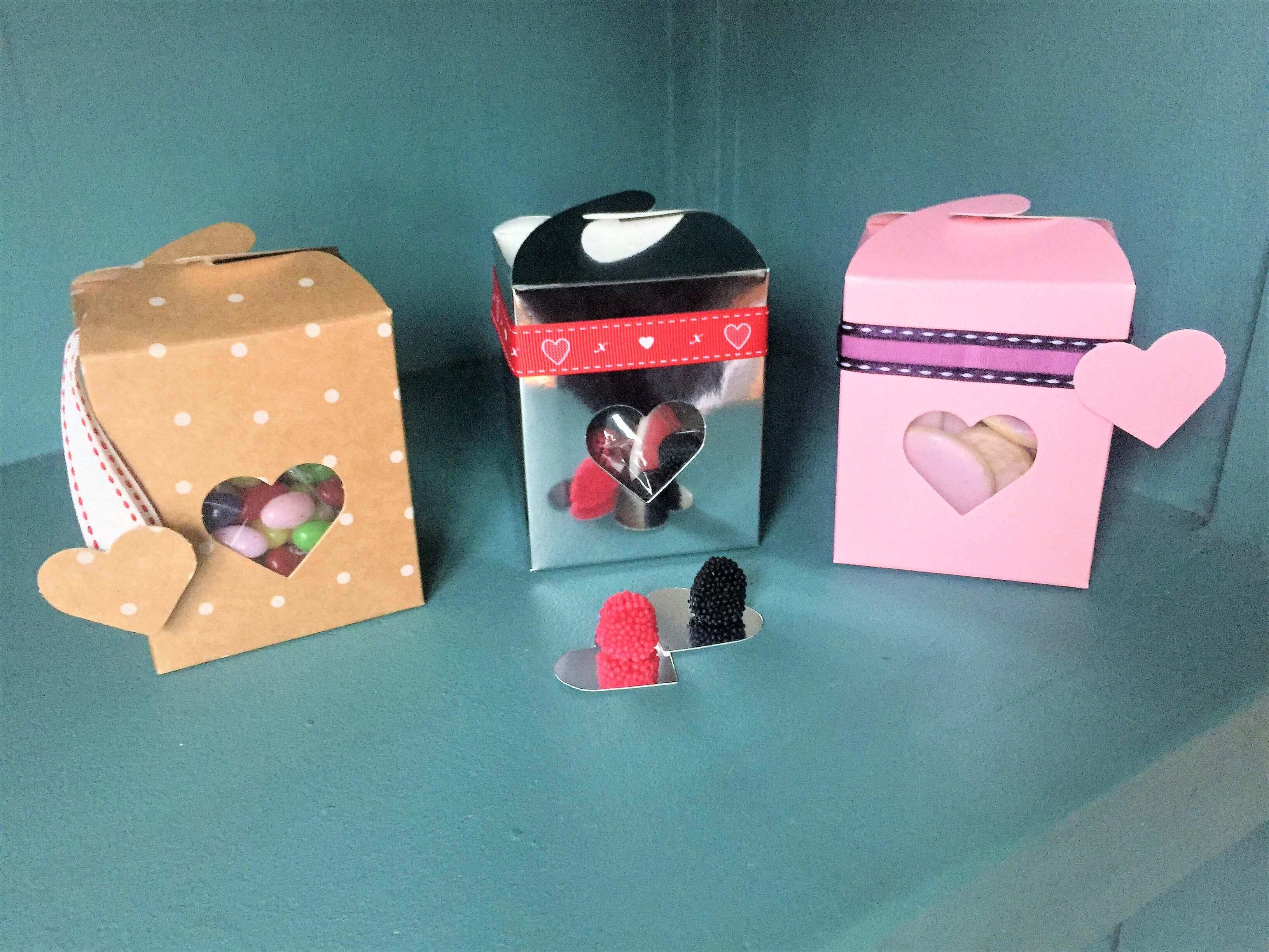 Heart Windowed Truffle/ Fudge Box with interlocking top