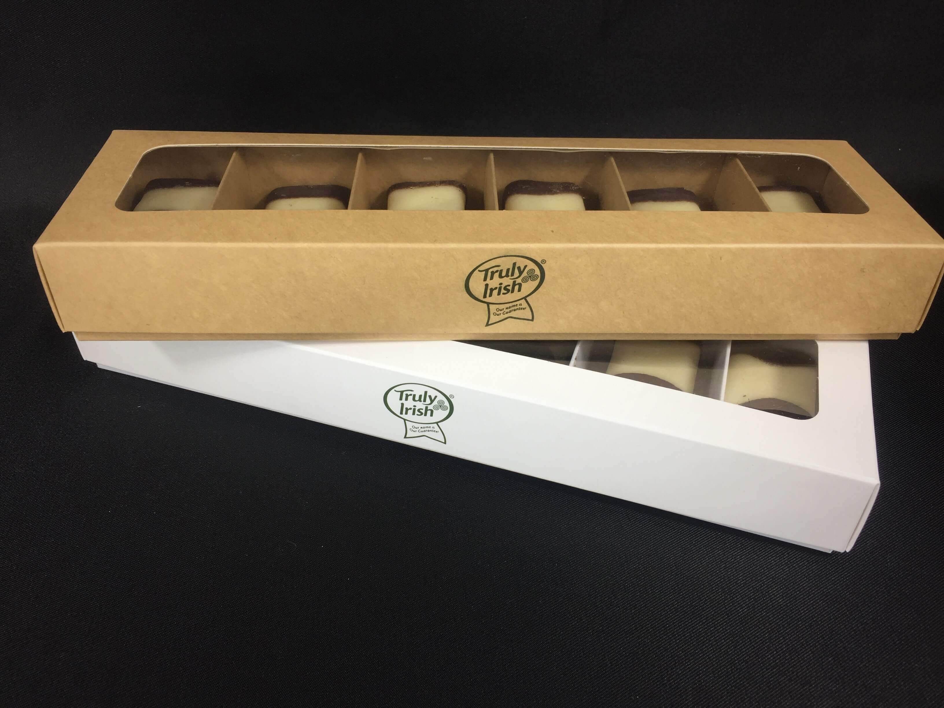 Bespoke Base & Lid 6 Pack Tray Bake Box with Wondow & Foild logo