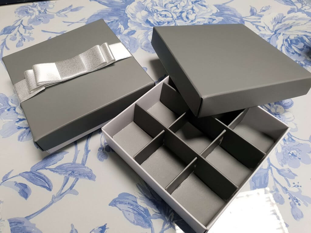 9 Pack Truffle Box shown with Grey Printed Lid & Insert
