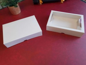 6 Pack White compostable Windowed & Non-windowed Donut Bakery Box Packaging