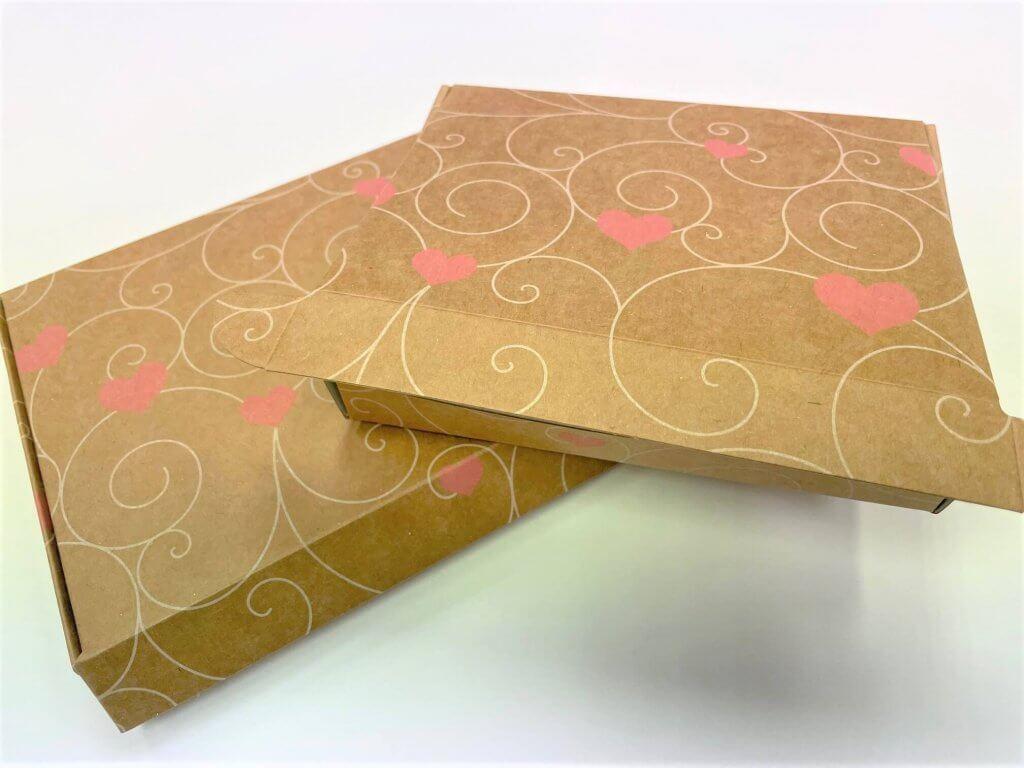 Heart Pattern Print Postal Boxes
